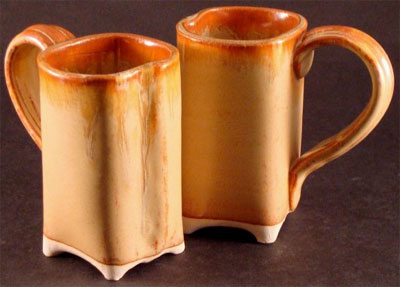 Square mugs in Red Gold