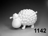 1142 Fluffy